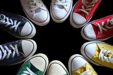 sneakers-2770091_1920
